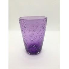 Verre conique violet améthyste .